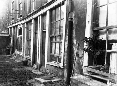 krotwoningen bji de Oude Looiersstraat