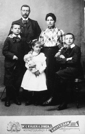 gezin Faddegon- van Walen - ca. 1905